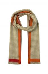 Big scarf with gingham check in beige white with red and orange borders at the edge.